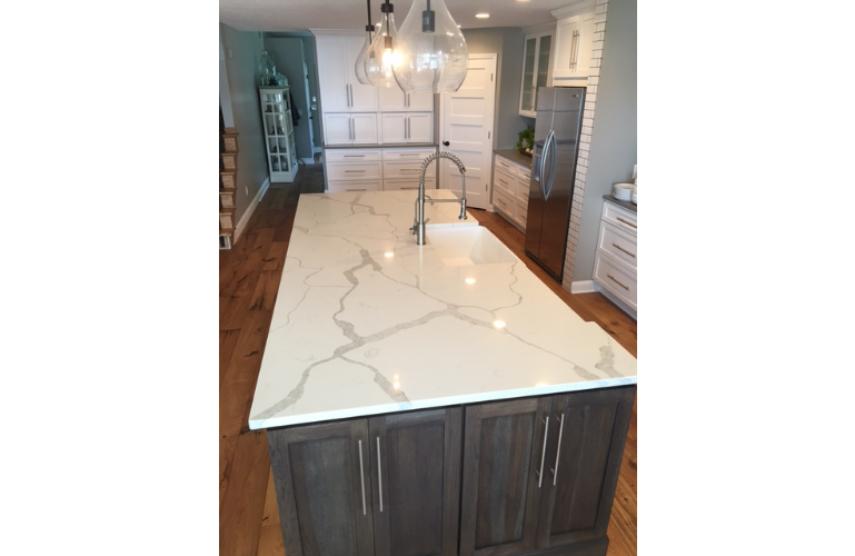 This Showstopper Countertop Offers The Look Of Luxurious Marble In Durable  And Maintenance Free Quartz. Perfect For Countertops And ...
