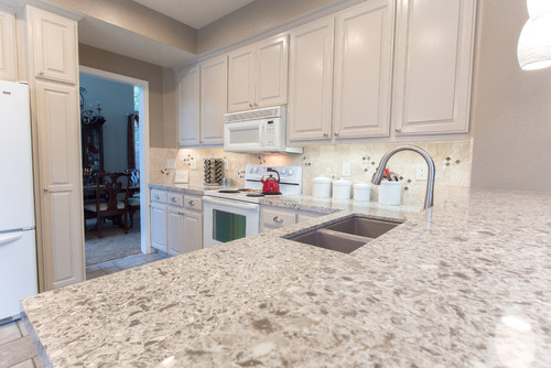 With Its Subtle Blending And Layering Of Color, Cascade White Lends A  Gossamer Feeling To Quartz Countertops ...